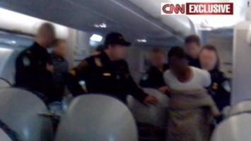t1larg.us.airline.suspect.cnn