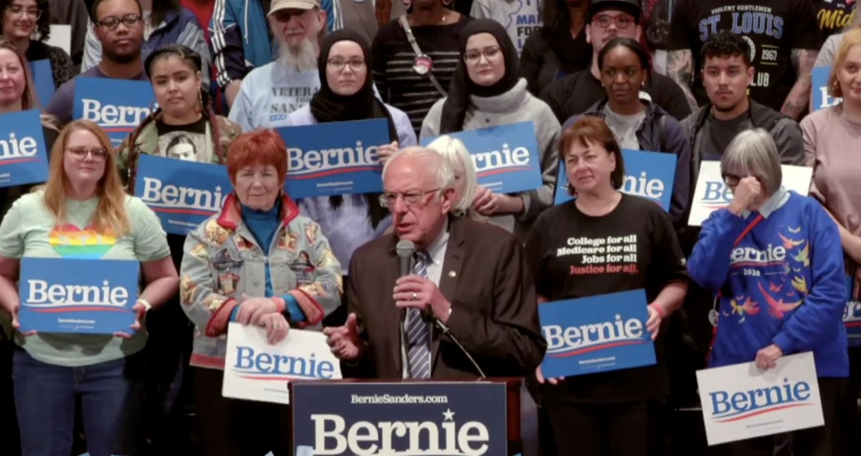 Sanders at St. Louis Rally