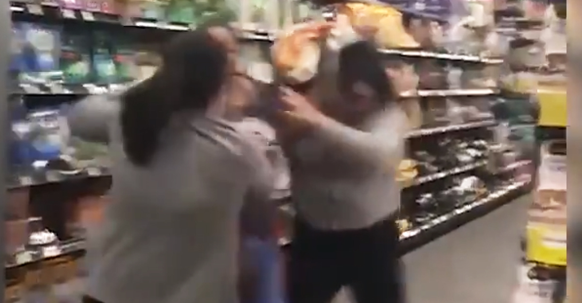 Three women fight over toilet paper