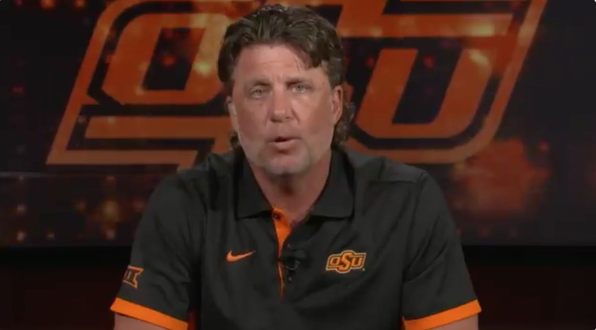Mike Gundy Apologizes for Wearing OAN T-Shirt, Affirms 'Black Lives Matter'