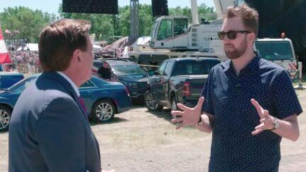Jordan Klepper Confronts Mike Lindell