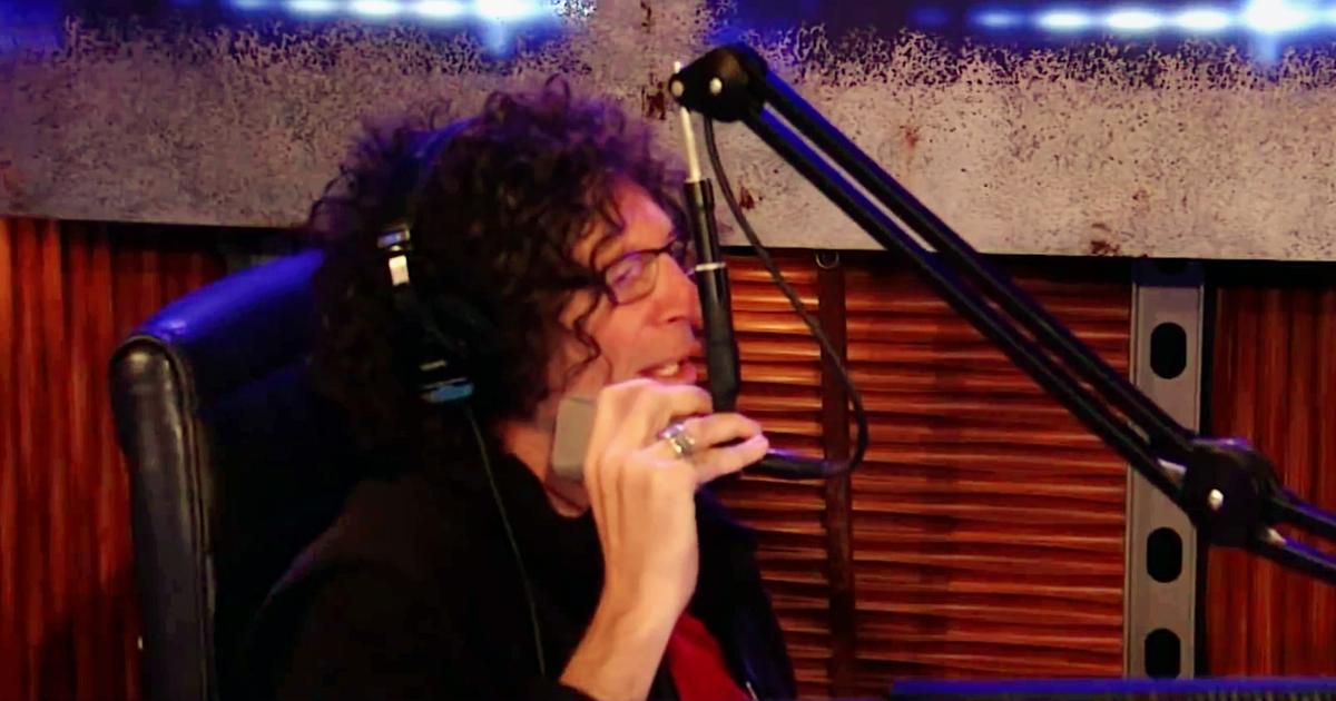 Howard Stern in studio 9-8